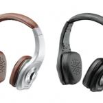 新幹線でビジネスマンが使う音質重視のヘッドホン