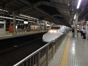 新幹線でiPhoneを使う