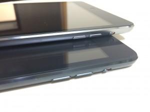 iPadminiボタン位置比較