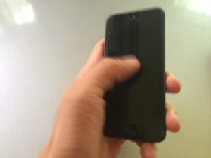 iPhoneの画面が真っ黒