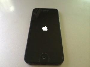 iPhone 再起動 操作