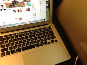 新幹線でパソコンを使う